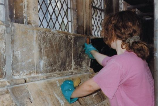 A omwan cleaning sandstone as part of The Bath Abbey 2000 restoration programme