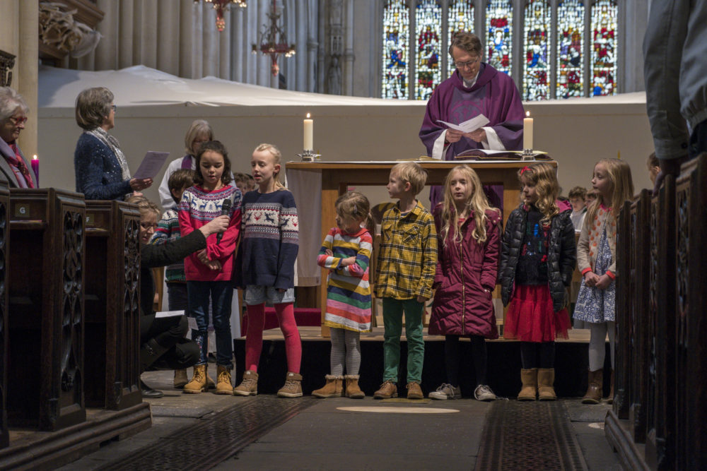 Children from the Bath Abbey Children's Sunday groups talking to congregation