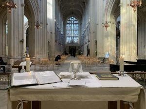 Interior of Bath Abbey as seen from the altar on a Sunday